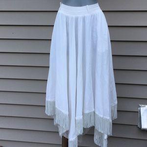 White western sharkbite skirt w/ fringe